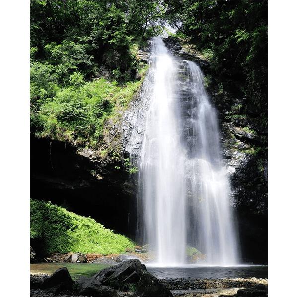 日本の滝100選!夏の龍頭ケ滝